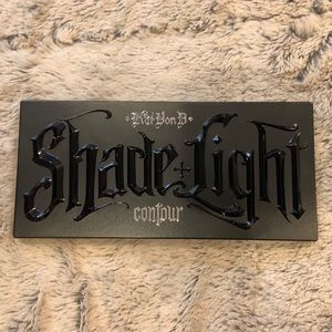 Kat Von D Shade + Light Face Contour